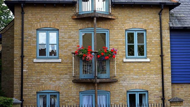 Okna energooszczędne Kraków. Szczelny dom, to ciepły dom – testy szczelności powietrznej budynku